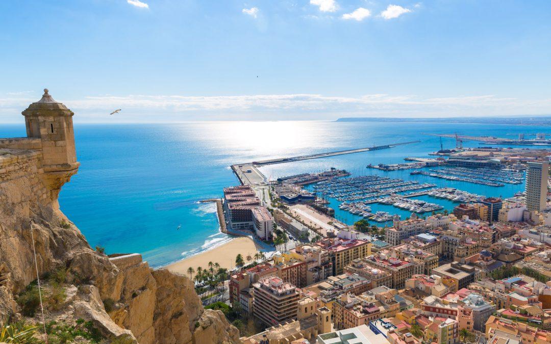 Venez vous installer au soleil, à Alicante (Espagne) !