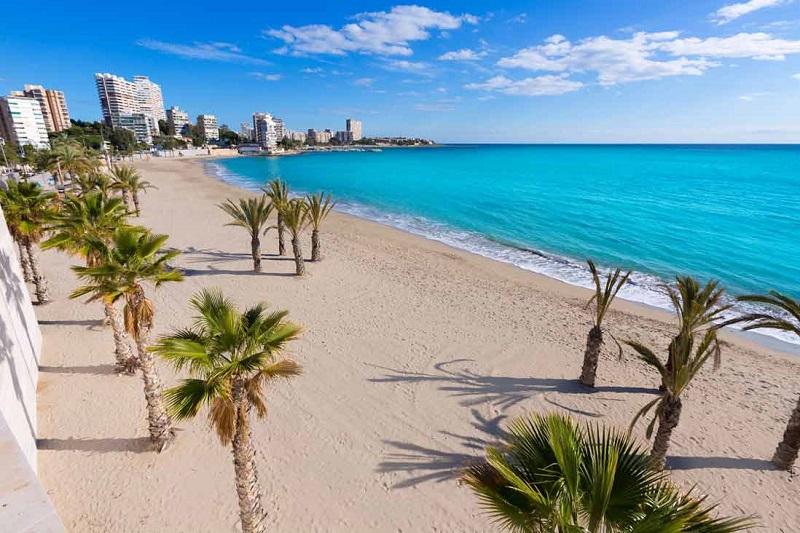 Venez profiter du soleil et des plages d'Alicante avec un simple test antigénique!